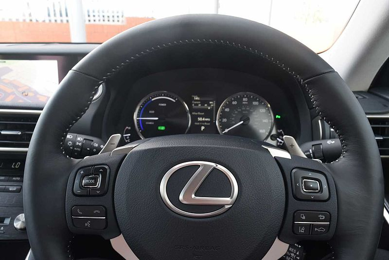 Lexus IS 300h 2.5 Executive Edition